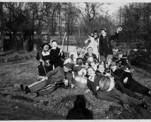 1949_Ernst_Schnurren.jpg