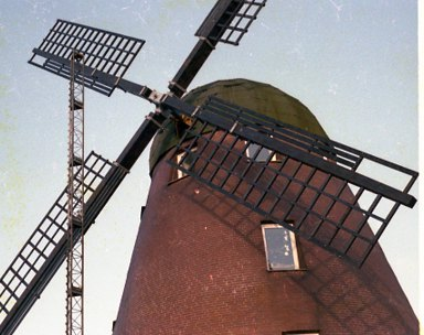 ca-1983-081.jpg
